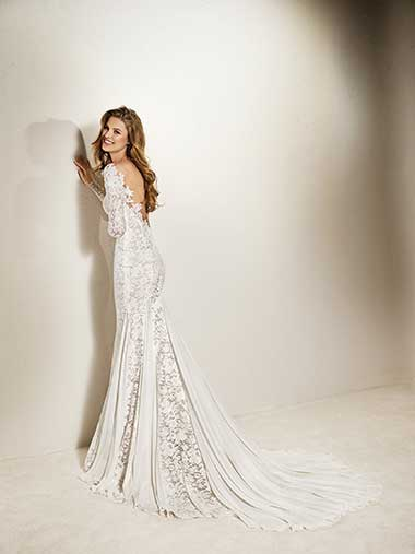 lace%2Band%2Btulle%2Bwedding%2Bdress.jpg
