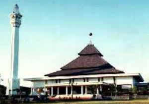 sejarah masjid agung sunan ampel cerita sejarah rh betulcerita blogspot com