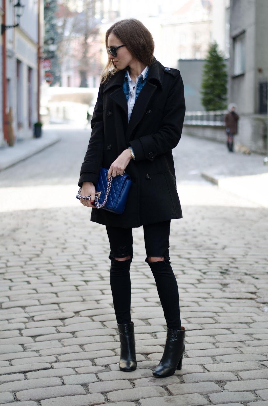 kristjaana mere all black winter outfit