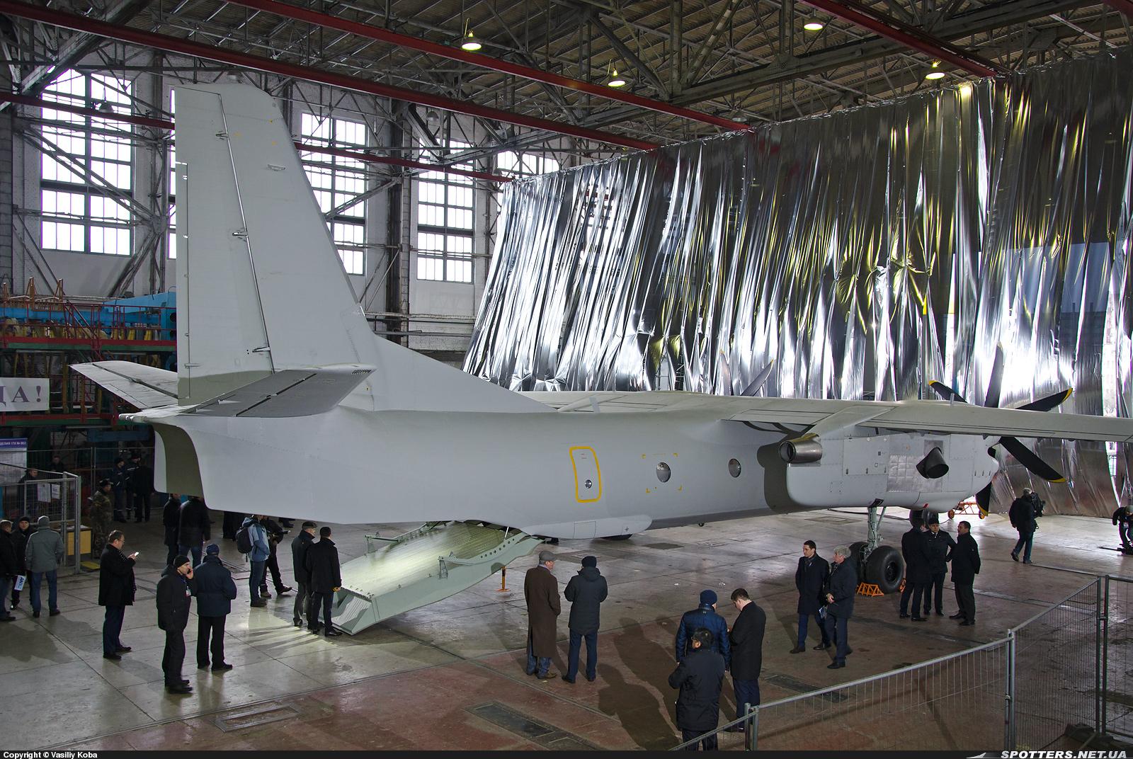 багатоцільовий літак Ан-132