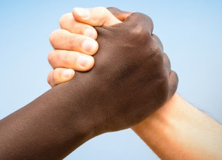 Deconstructingthe U.S. Using Critical Race Theory