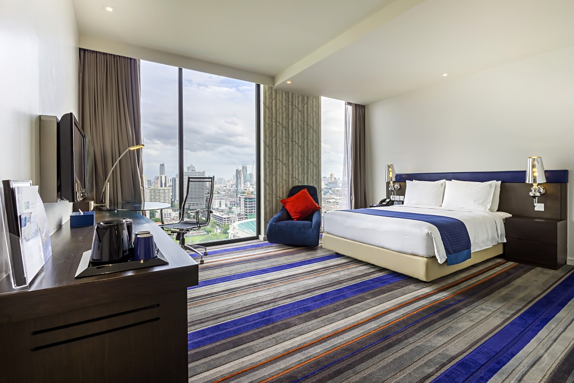 Kee Hua Chee Live Holiday Inn Express Siam Is Bangkok S