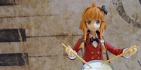 http://www.optimisticpenguin.com/2015/01/figma-uno-uzume-review.html