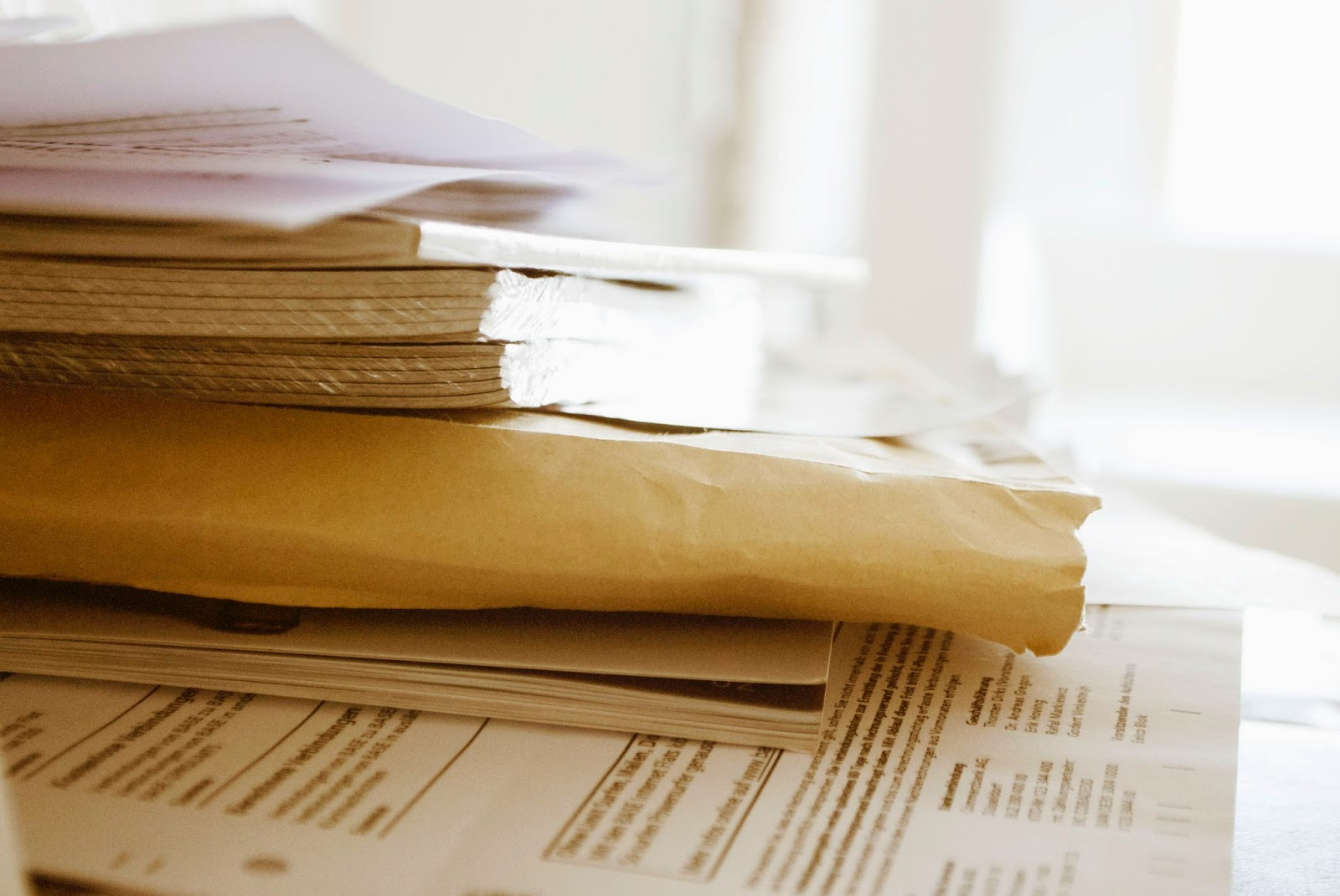 31 tage ordnung im haushalt challenge b ro einen papierstapel aussortieren und abheften. Black Bedroom Furniture Sets. Home Design Ideas