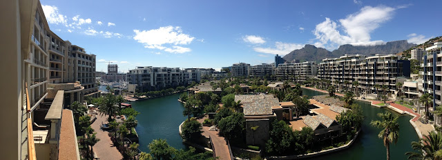 one&only hotel view from balcony to tafelberg, 360 grad view