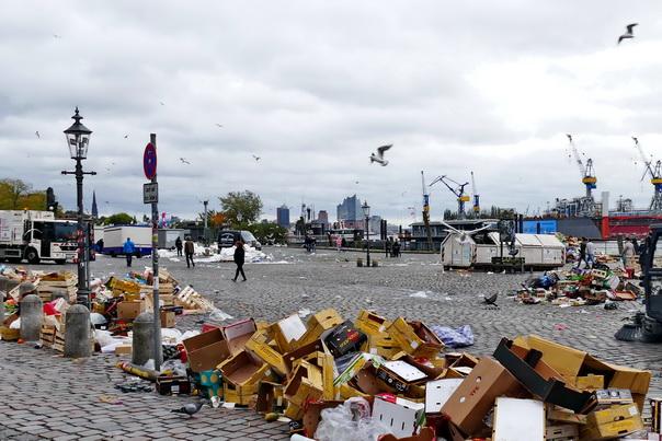 Fischmarkt, Hamburg, Elbe, Möwen, Tauben, Abfall, aufräumen, danach