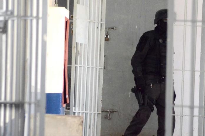 """Resultado de imagem para polícia ceara mirim carceragem"""""""