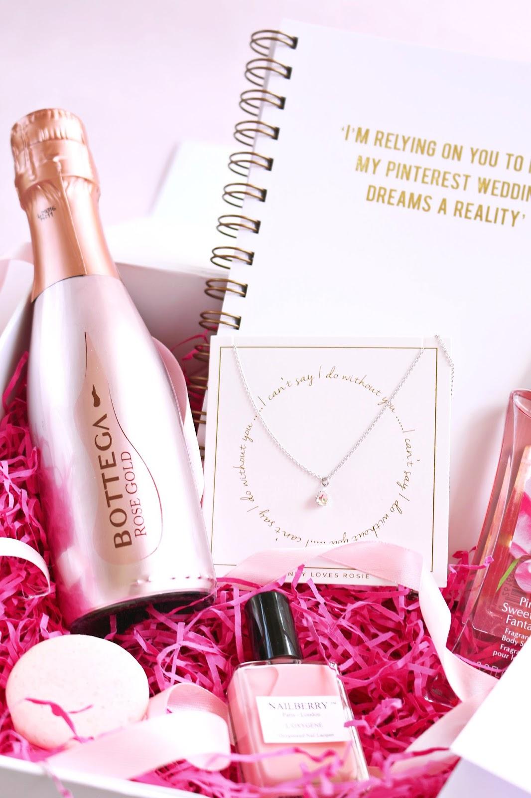 DIY: Will You Be My Bridesmaid Box, Bridesmaid Box, bridal, wedding, wedding gifts, what to buy your bridesmaid, engaged, wedding gift,