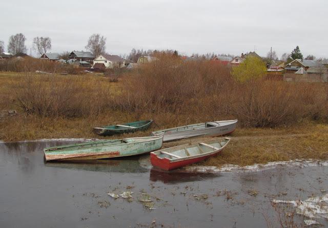 лодки на Кубене