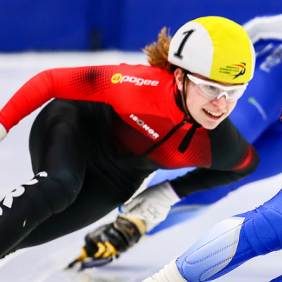 de sur patineuse l'une femmes Kélian remporté de 1500m plus Au les Laval a les Chez les Quevillon compétition distances la trois jeunes honneurs et des qXwx5HfI