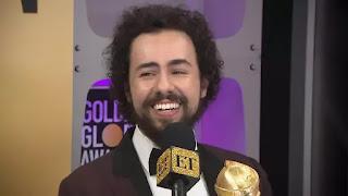 Ramy Youssef brinca: 'Lá vai Michael Douglas', após vitória no Globo de Ouro