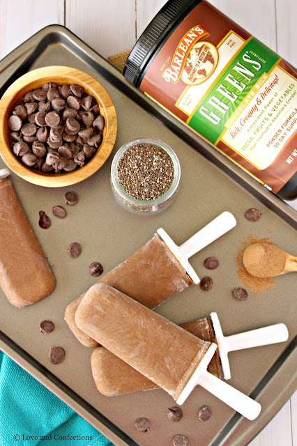 Chocolate Chia and Greens Pudding Pops from LoveandConfections.com #sponsored by @barleans #popsicleparty #barleans @zoku
