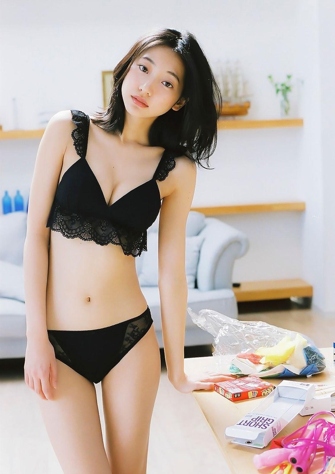 Petite Asian Models