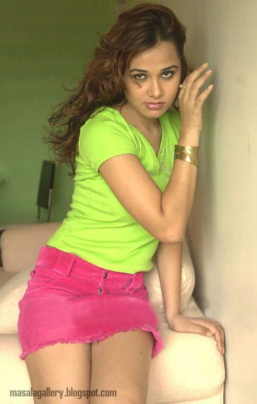Hot Gayatri Patel nudes (26 fotos) Tits, Twitter, braless