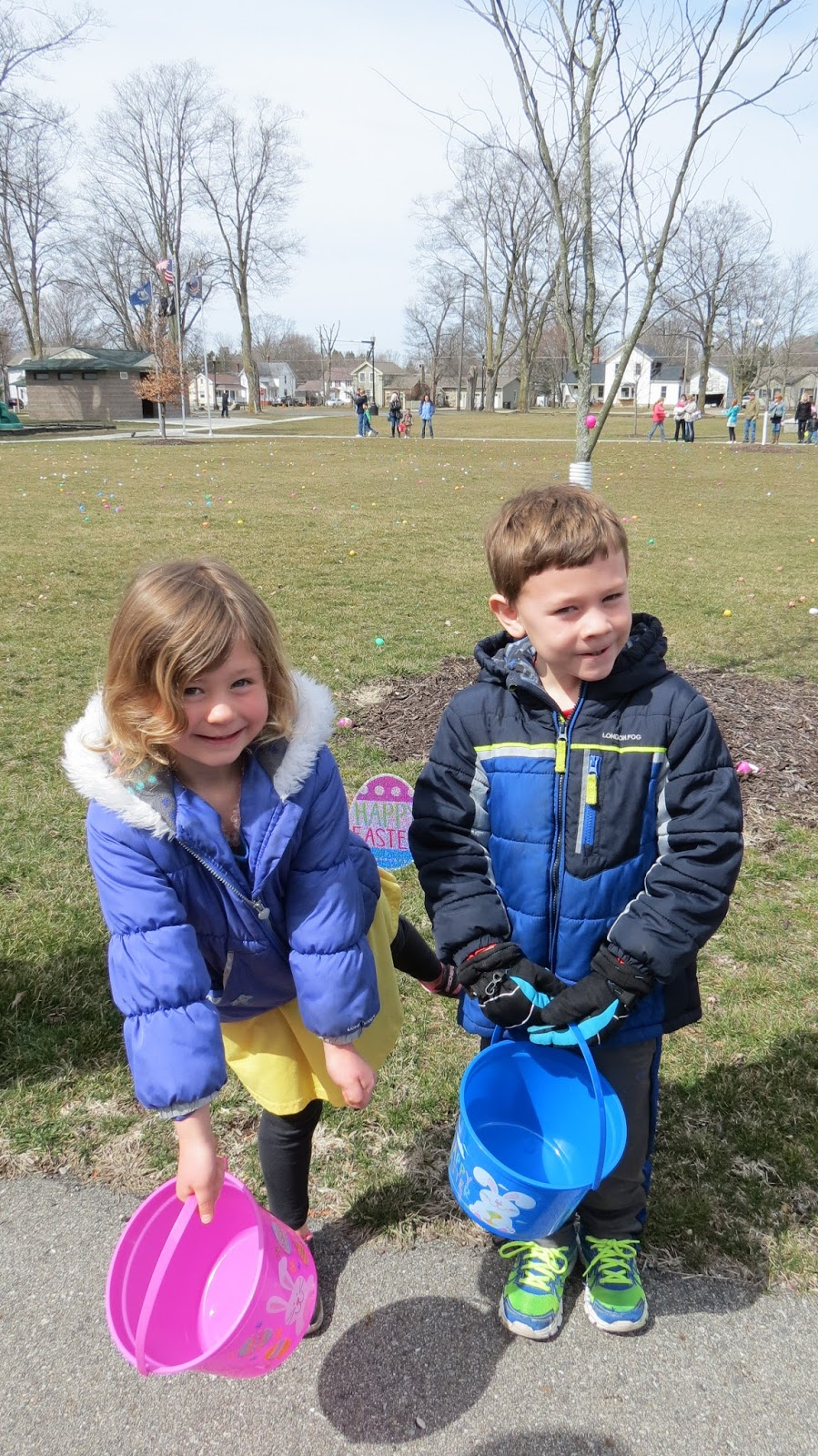 Over At Maries Catching Up Easter And My 35th Birthday Loncil We Rode The Train To Next Town Upon Arrival All Of Kids Circled Around Park Patiently Waited For Egg Hunt Begin