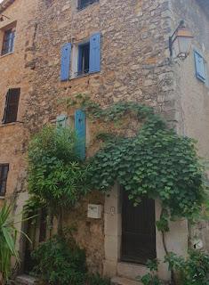 Valbonne Costa Azul Francia via www.soyunmix.com