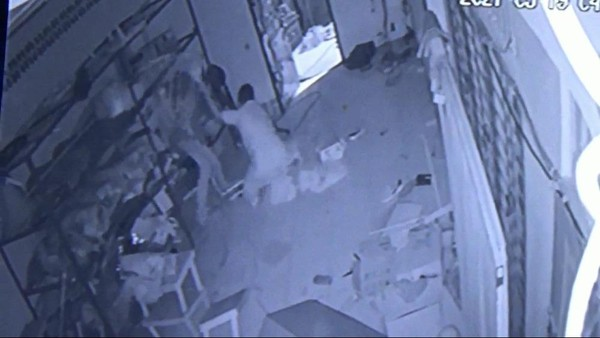 Jemaah Masjid di Sumut Ditusuk Pencuri Kotak Amal, Polisi Buru Pelaku
