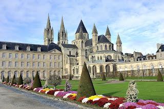 route des belles abbayes en Normandie