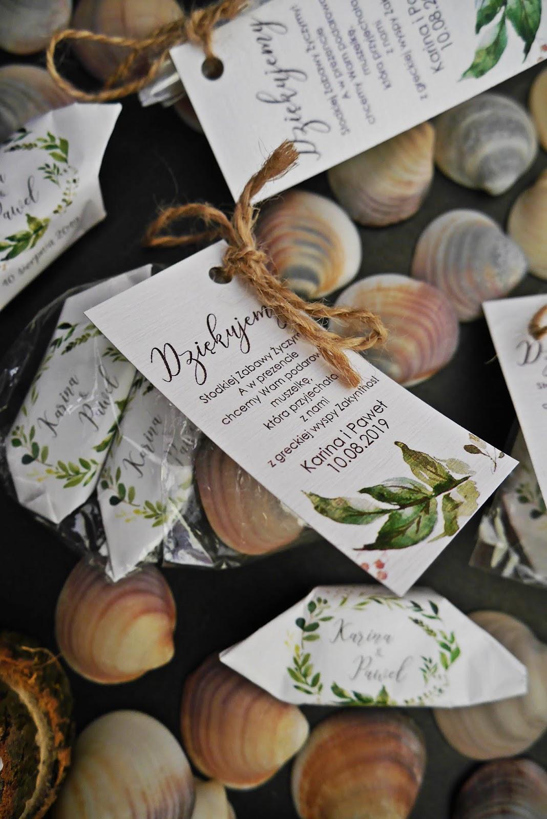 prezent dla gości krówki z nadrukiem muszla zkynthos karyn blog modowy ślubny blogerka modowa DIY