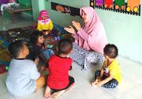 Cara Menyanyi anak, anak paud, guru mengajar menyanyi, nyanyian anak