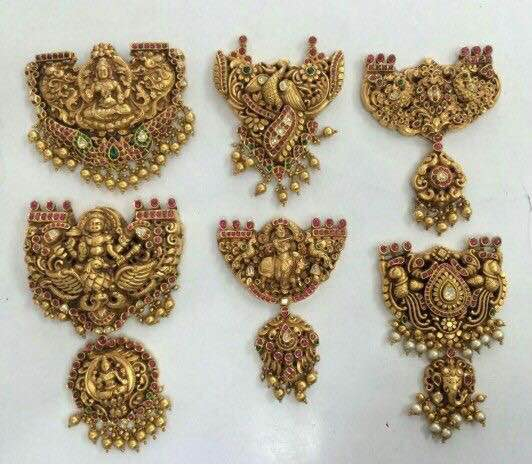 Nakshi Pendant Sets in Temple Design