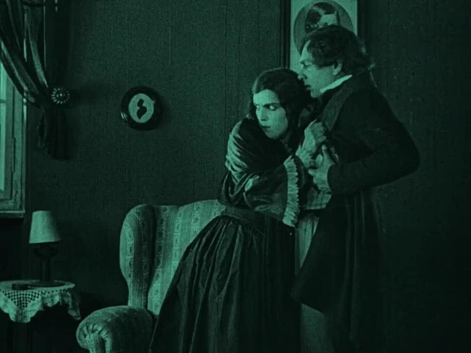 nosferatu silent film and dracula Nosferatu, eine symphonie des grauens (translated as nosferatu: a symphony of horror or simply nosferatu) is a classic 1922 german expressionist horror film.