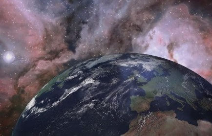 لماذا النظام الشمسي مسطح؟
