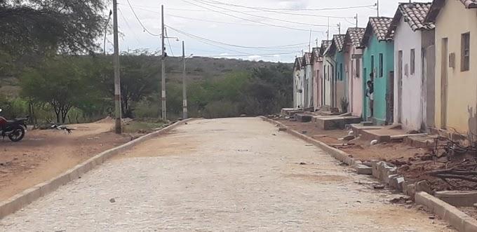 Primeira etapa do Calçamento no Conjunto Francisco de Paula Arruda está em fase de conclusão