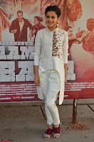 Taapsee Pannu Looks Super Cute in White Kurti and Trouser 06.JPG