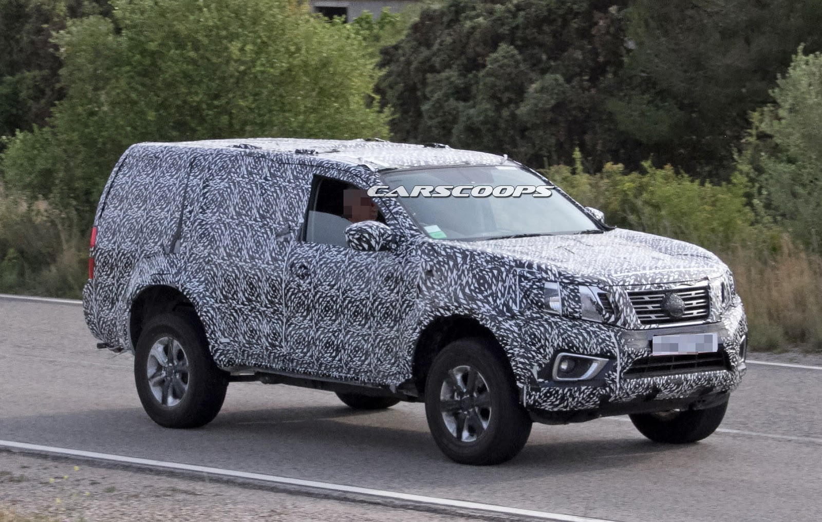 Nissan Spied Testing New 2018 SUV Based On Navara NP300 ...