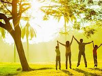 Hidup Sehat Panjang Usia Tanpa Obat-obatan Menurut dr. Handrawan Nadesul