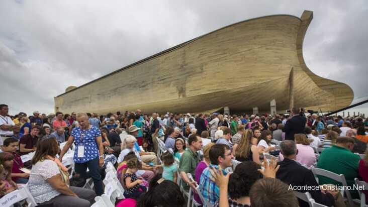 Evento de adoración en el museo Arca de Noé
