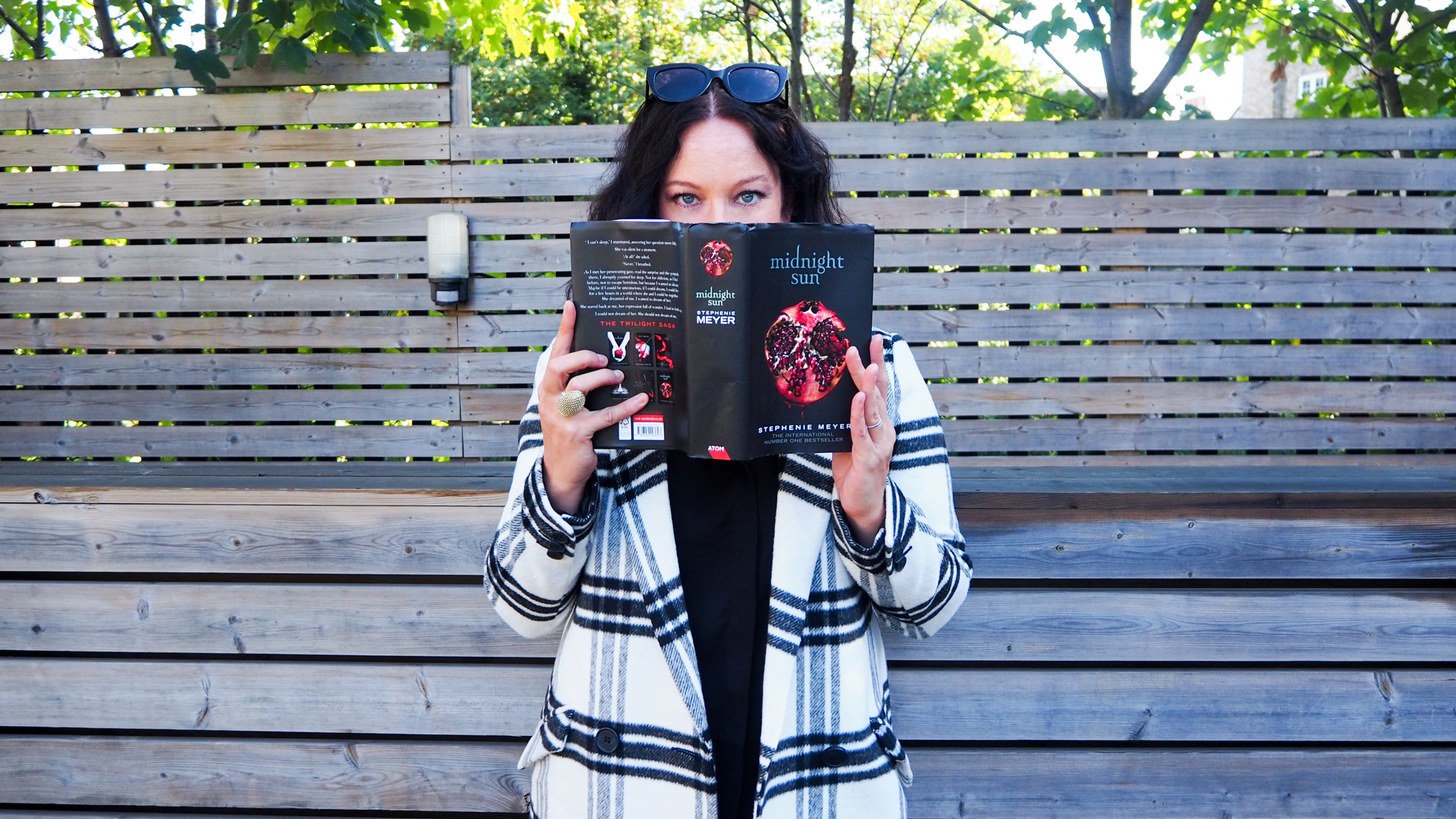 The Twilight Saga Midnight Sun by Stephenie Meyer