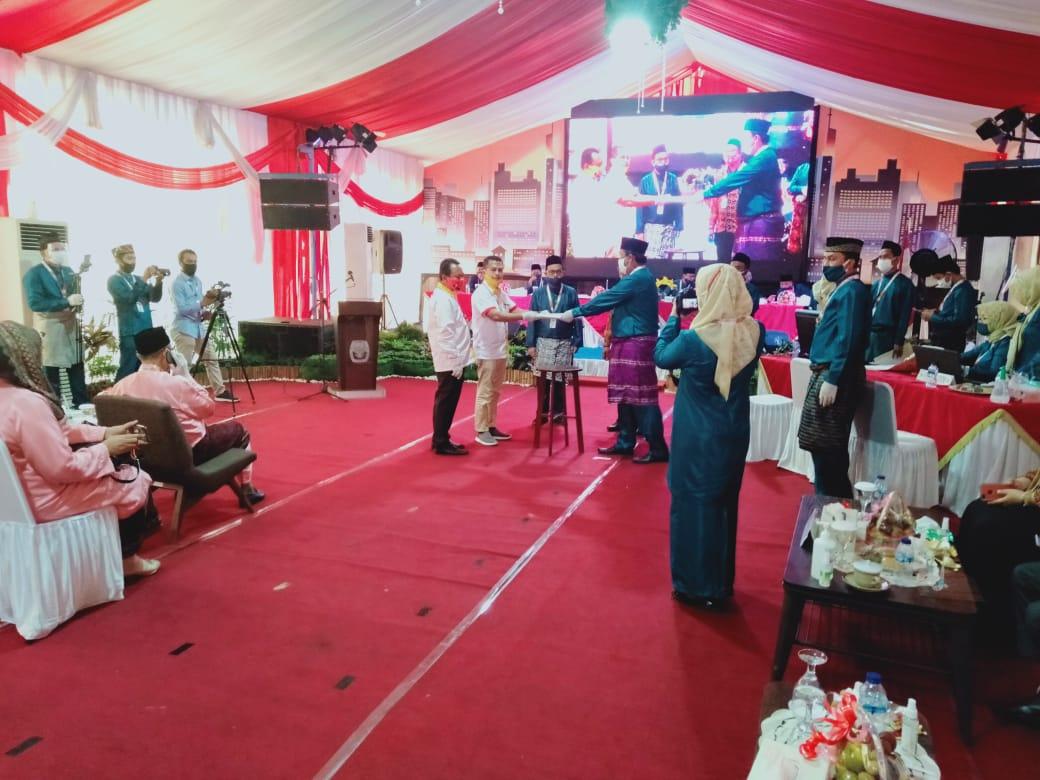 Diusung 2 Partai, Penyerahkan Dokumen Paslon Gubernur CE-Ratu di Terima KPU Provinsi Jambi