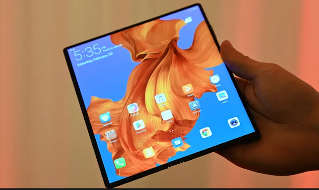 Huawei Delays Launch of Foldable Mate X