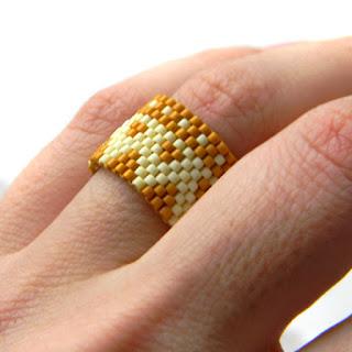 Широкое кольцо в этническом стиле
