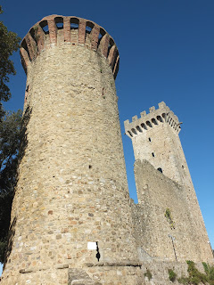 Castelnuovo Magra Castle