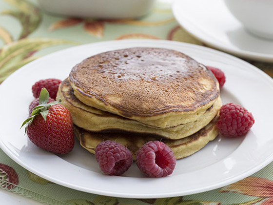 Pancake Day Healthy Recipe Vanilla, Strawberry & Coconut Low Carb pancake