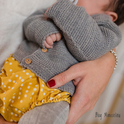 cubrepañal mostaza chaqueta gris bebé unisex punto bobo blog mimuselina
