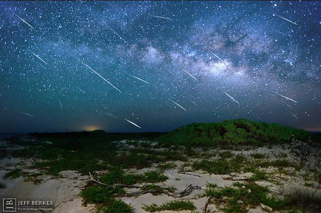 Chuva de meteoros Eta Aquaridas registrada na Flórida, EUA