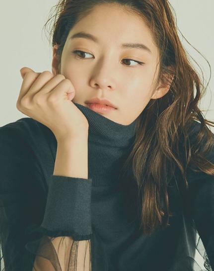 Gong Seung-Yeon (공승연)