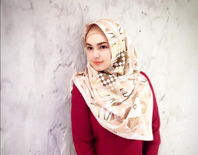 Perghh tak sangka kakak siti nurhaliza lebih cantik for Siti di foto