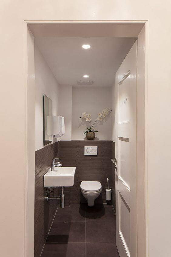 Modern%2BX-Small%2BFunctional%2BToilet%2BIdeas%2BTo%2BUpgrade%2BYour%2BHouse%2B%252813%2529 20 Modern X-Small Functional Toilet Ideas To Upgrade Your House Interior