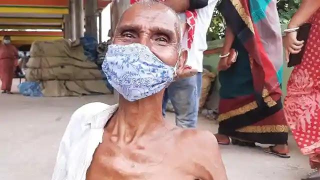 উল্লাপাড়ায় কোভিড-১৯ প্রতিরোধে ১০ হাজার ২'শ জনকে গণটিকা প্রদান