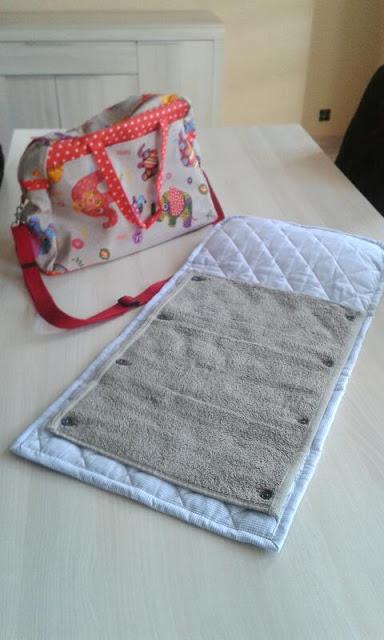 sac et tapis à langer