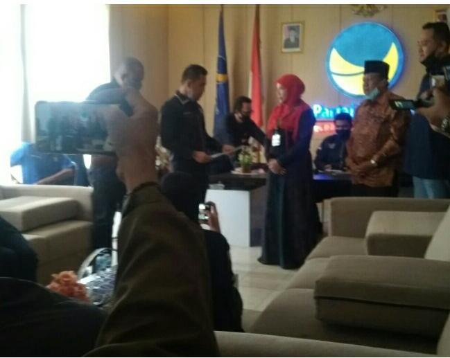 Partai NasDem resmi mengeluarkan rekomendasi untuk tiga calon kepala daerah di Pilkada Lampung.