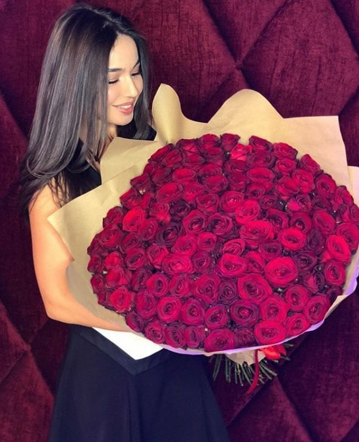 8 March Women Days Quotes and DP with Famous Girl Wishes 2021