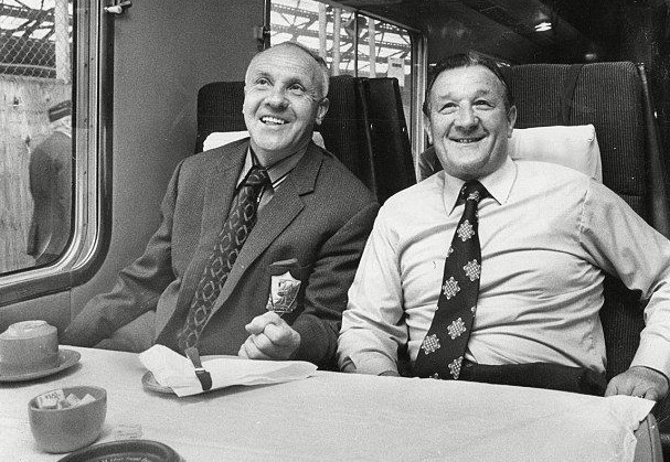 Shankly-and-Paisley-together-on-train