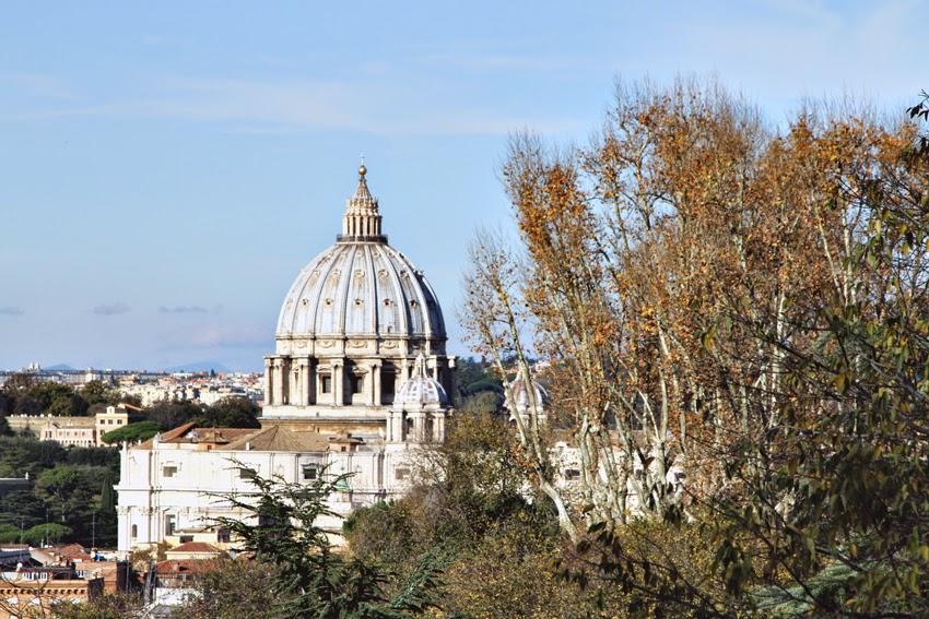 Widok z Gianicolo na kopułę bazyliki świętego Piotra