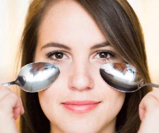 Cara Menghilangkan Mata Panda/Kantung Mata